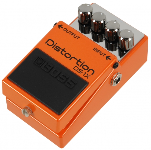 BOSS DS-1X Distortion Gitarreneffekt
